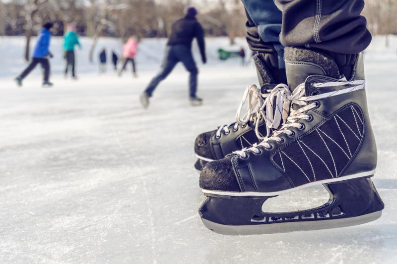 Jak schudnąć jeżdżąc na łyżwach